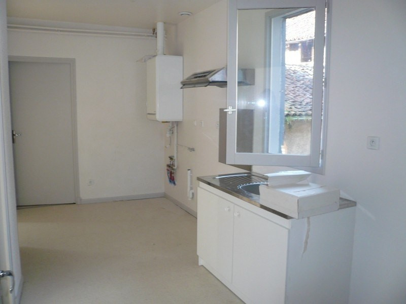 Location appartement Figeac 463€ CC - Photo 2