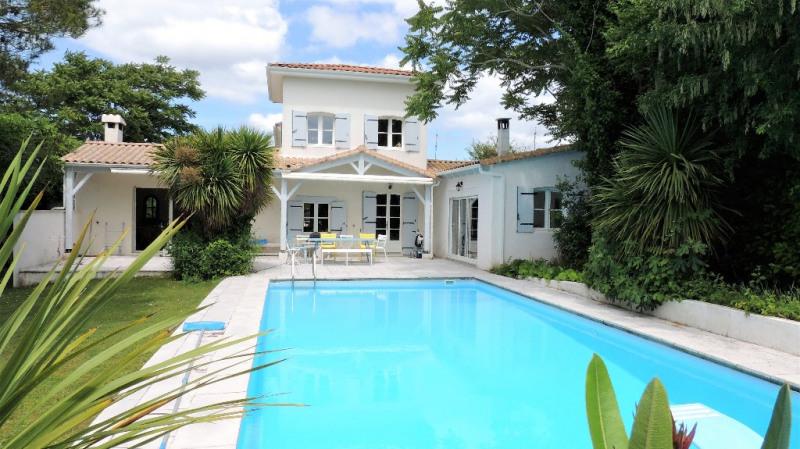 Vente de prestige maison / villa Vaux sur mer 822500€ - Photo 1