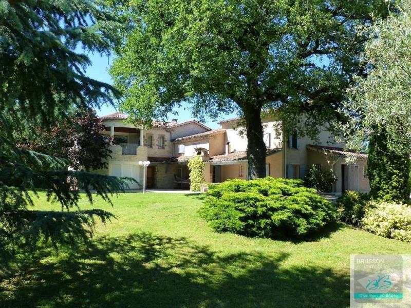 Deluxe sale house / villa Burlats 680000€ - Picture 1