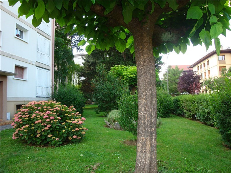 Sale apartment Annecy 235 000€ - Picture 1