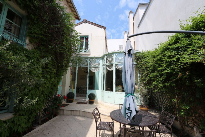 Deluxe sale house / villa Boulogne billancourt 1 880 000€ - Picture 1