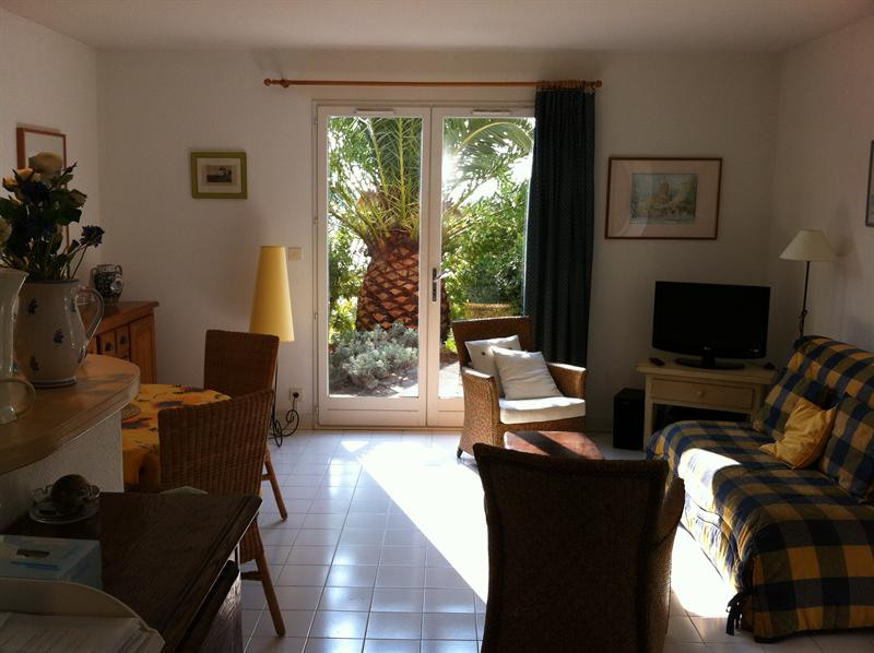 Vacation rental apartment Les issambres 840€ - Picture 5