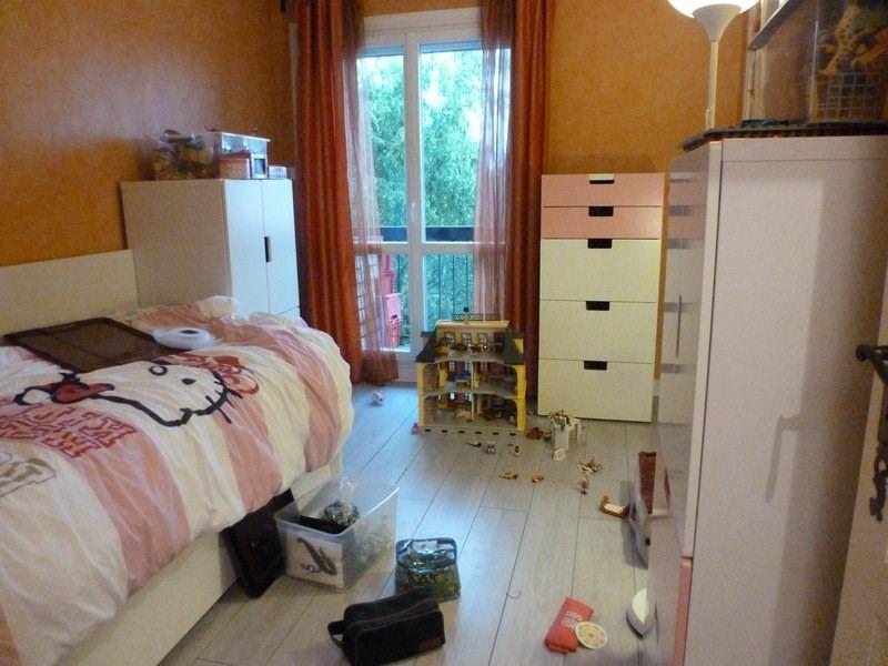 Rental apartment Maurepas 783€ CC - Picture 4