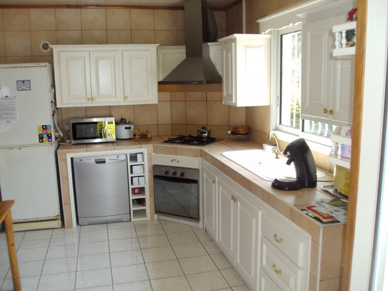 Rental house / villa Les trois mares 900€ +CH - Picture 2