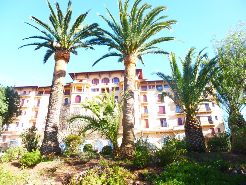 Investment property apartment St raphael 232000€ - Picture 1