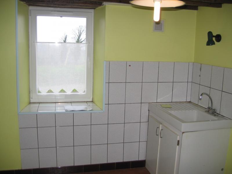 Location maison / villa Montflours 300€ +CH - Photo 4