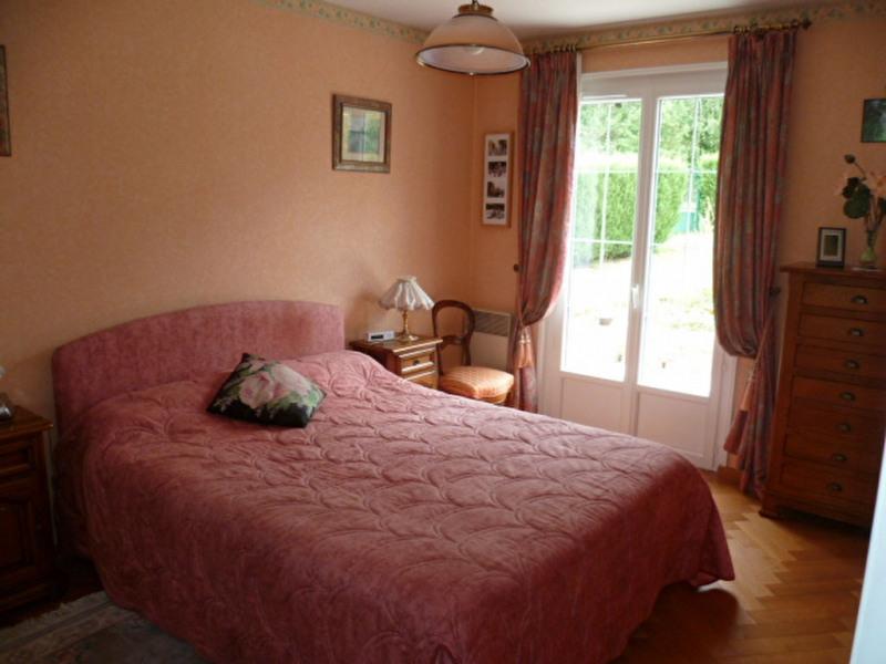 Sale house / villa Crecy la chapelle 312000€ - Picture 8