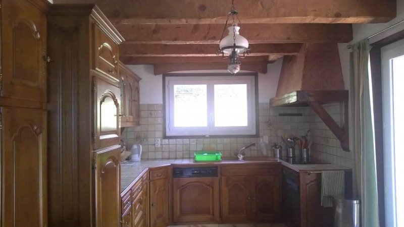 Location maison / villa Cranves-sales 2 200€ CC - Photo 5