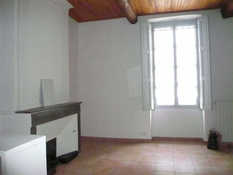 Location appartement Nimes 465€ CC - Photo 1