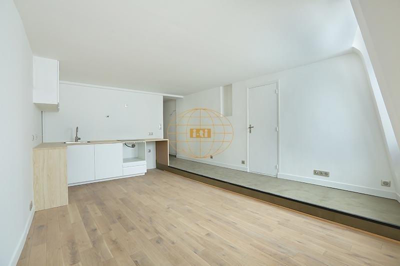 Deluxe sale apartment Paris 1er 525000€ - Picture 3