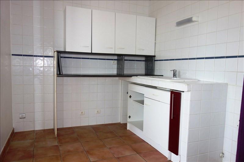 Location appartement La londe les maures 799€ CC - Photo 2