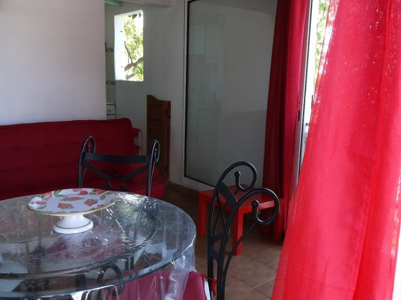 Rental house / villa Le gosier 850€ CC - Picture 7