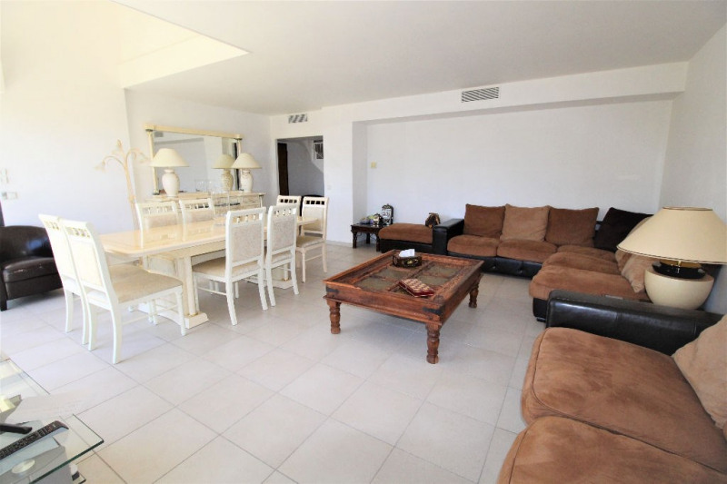 Deluxe sale apartment Cannes 839000€ - Picture 2