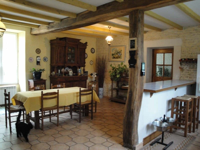 Sale house / villa Prisse la charriere 364 000€ - Picture 4