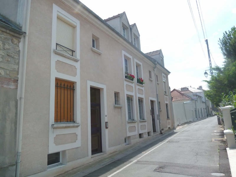 Rental apartment Andresy 650€ CC - Picture 1