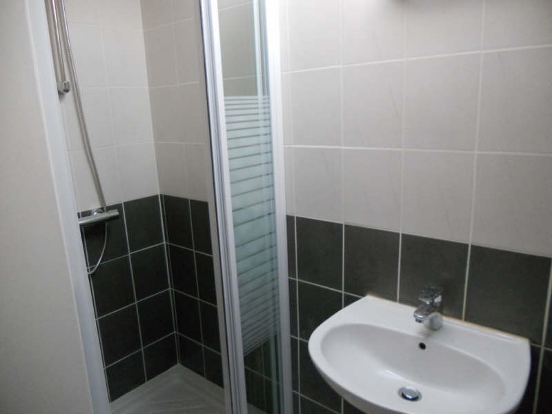 Rental apartment Fourchambault 220€ CC - Picture 2