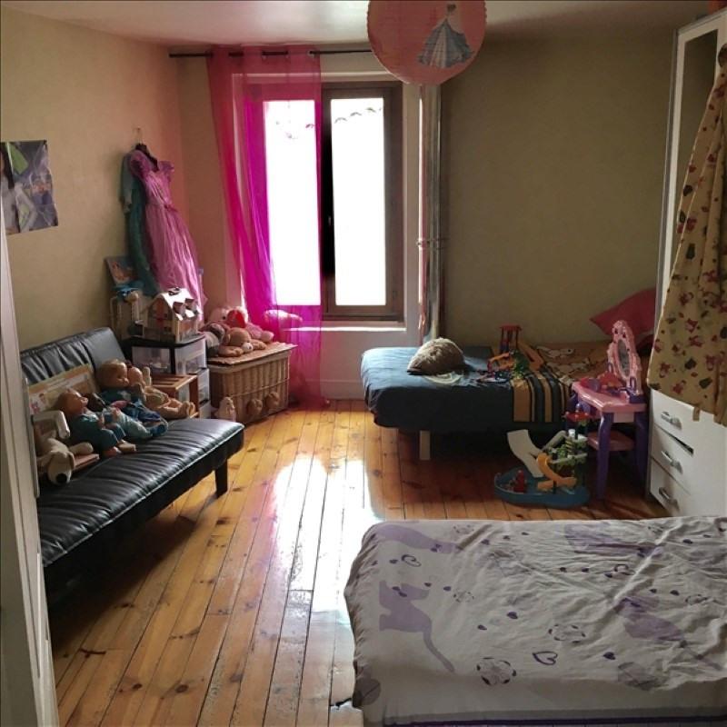 Sale house / villa Sury le comtal 139000€ - Picture 5