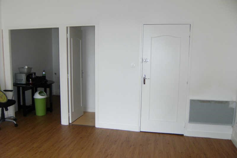 Location appartement Chatellerault 237€ CC - Photo 4