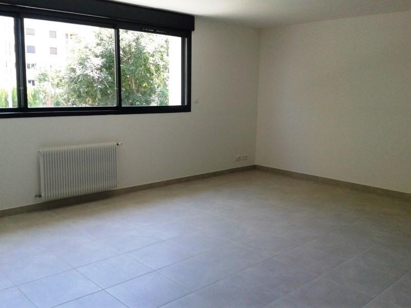 Location appartement Toulon 699€ CC - Photo 2