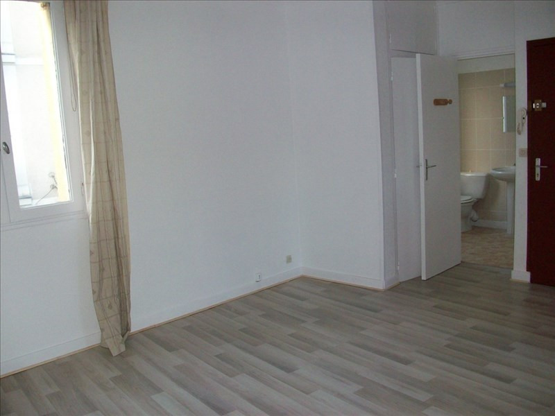 Location appartement Nantes 395€ CC - Photo 2