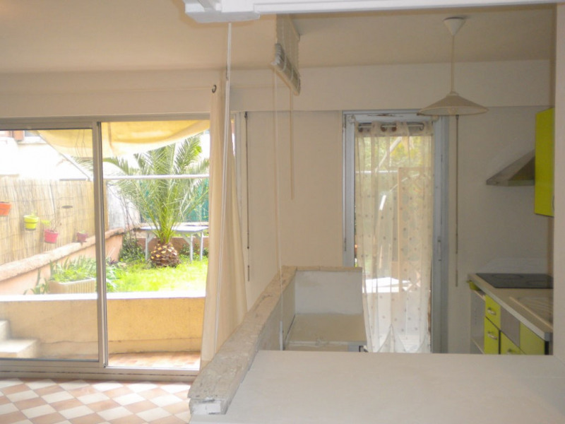 Sale apartment Nice 125 000€ - Picture 2