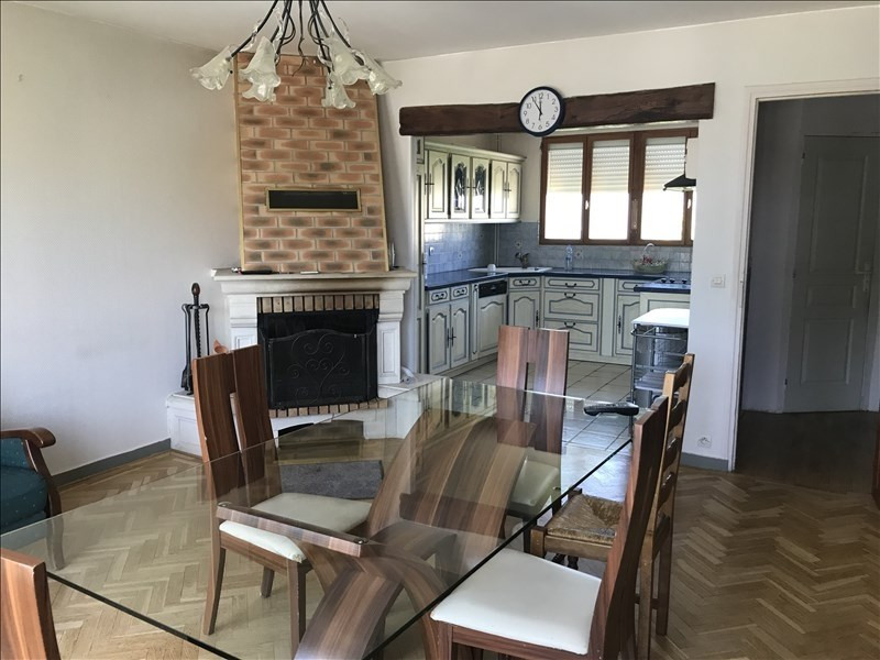 Rental apartment Villepreux 1000€ CC - Picture 2