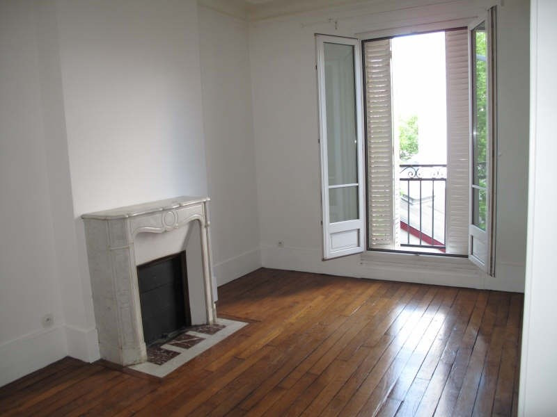 Location appartement Asnieres sur seine 1 220€ CC - Photo 2