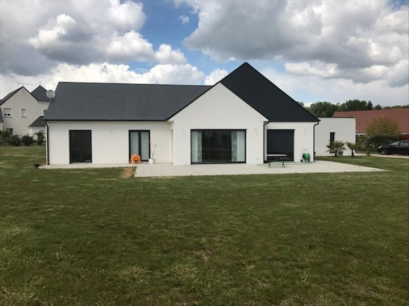 Vente maison / villa St ay 498000€ - Photo 1
