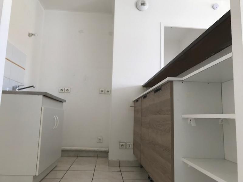 Sale apartment La seyne sur mer 119200€ - Picture 2