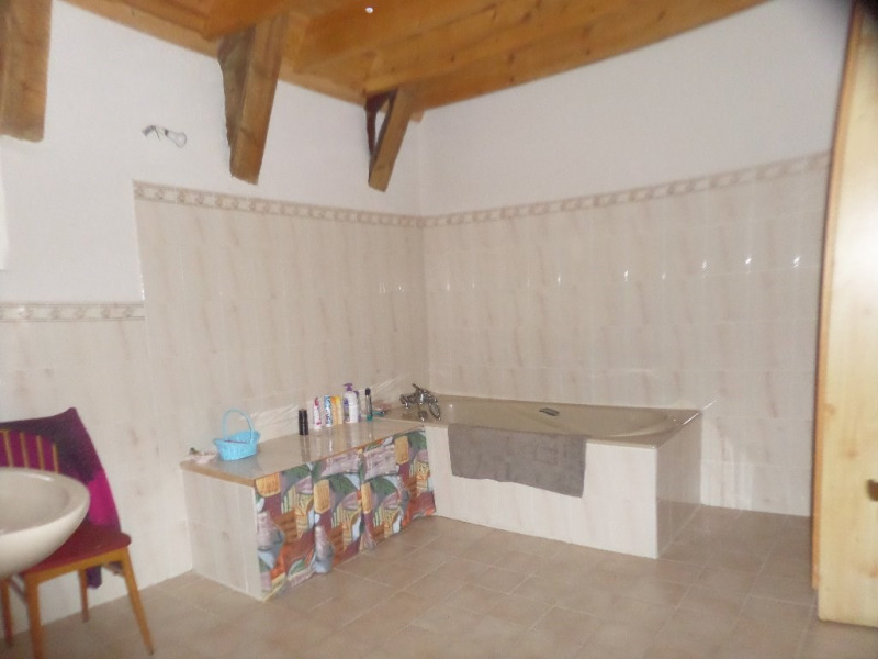 Sale house / villa Les estables 244 600€ - Picture 10