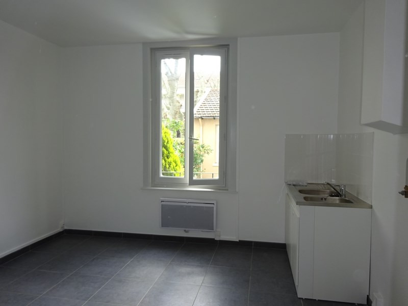 Location appartement Lyon 3ème 600€ CC - Photo 2