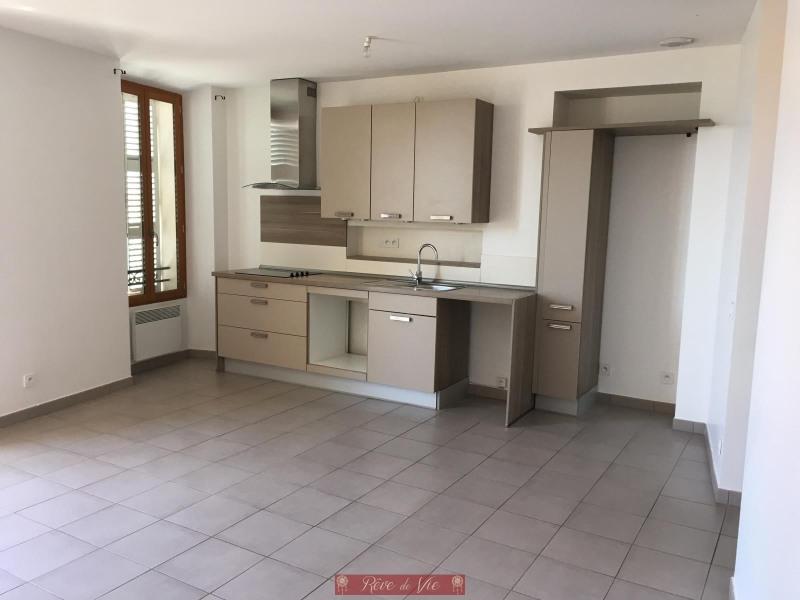 Sale apartment Bormes les mimosas 215000€ - Picture 1