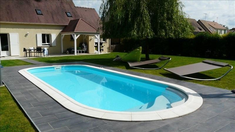 Sale house / villa Angervilliers 379000€ - Picture 1