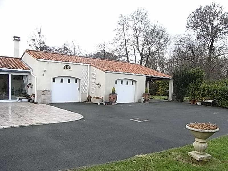 Sale house / villa Le gua 332000€ - Picture 2