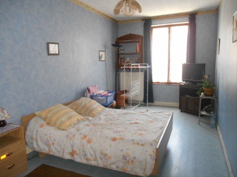 Sale house / villa Charly 149000€ - Picture 4