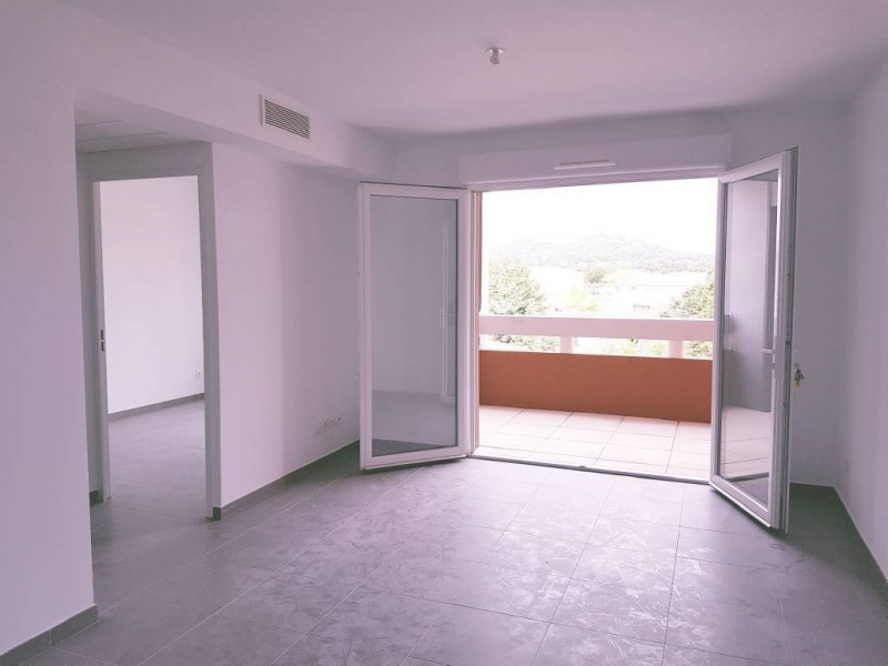 Location appartement Les angles 540€ CC - Photo 4