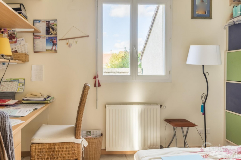 Vente maison / villa Frenouville 299900€ - Photo 5