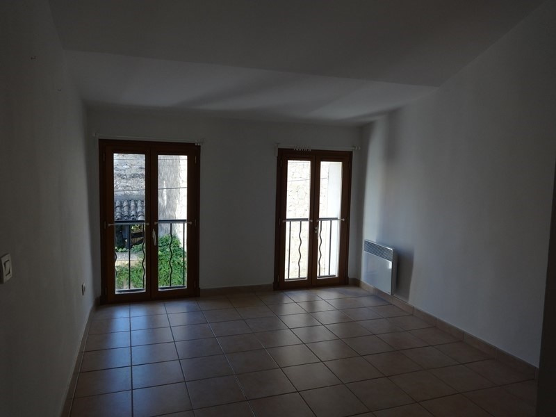 Location maison / villa Le thor 507€ CC - Photo 9