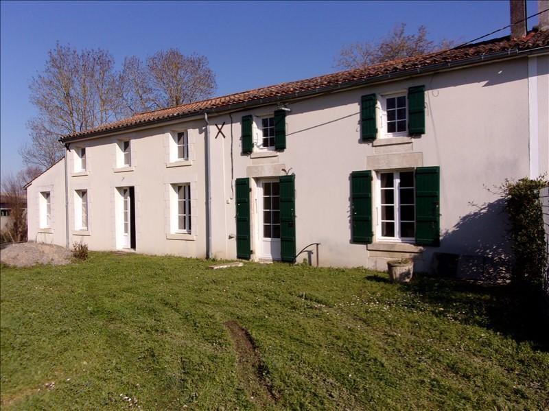 Sale house / villa Marais poitevin 210000€ - Picture 1