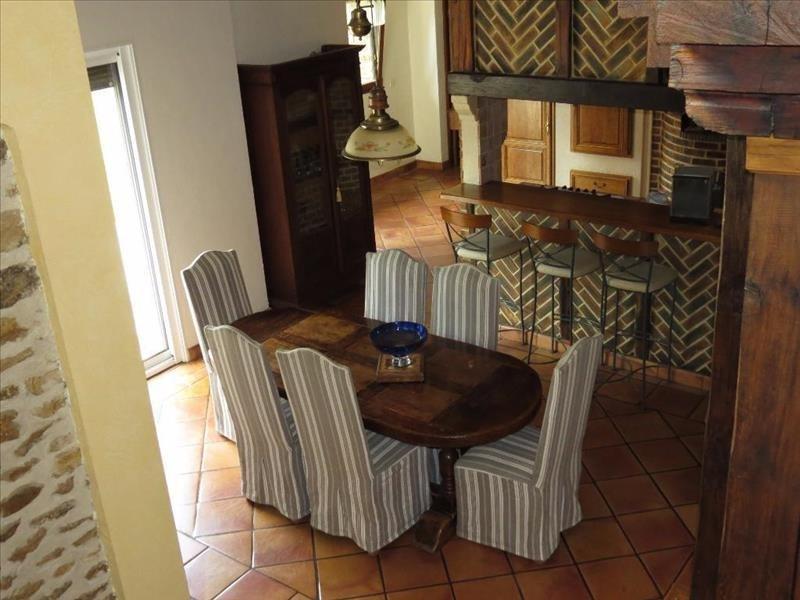 Sale house / villa Guignes 650000€ - Picture 2