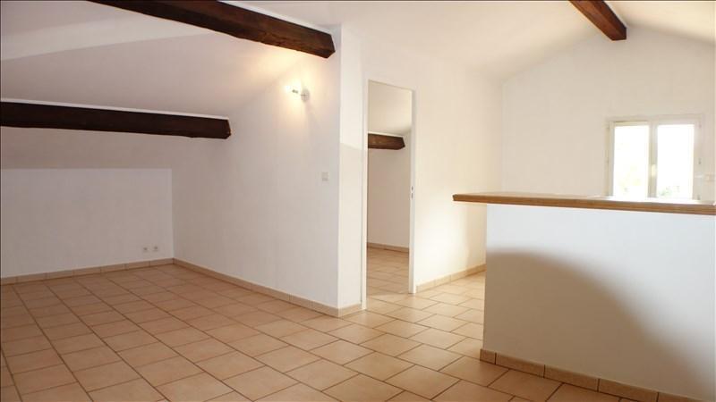 Verhuren  appartement La crau 705€ CC - Foto 2