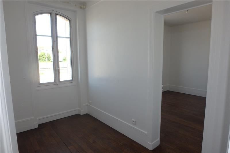 Rental apartment Viroflay 911€ CC - Picture 3