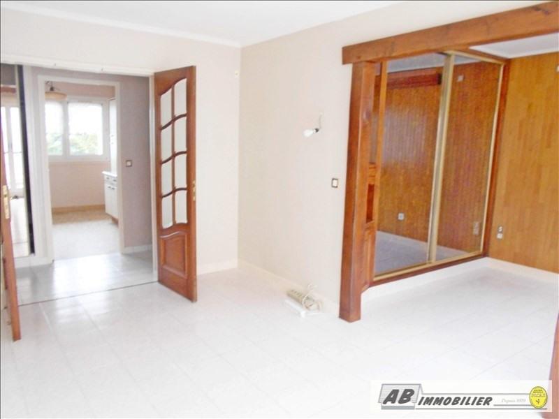 Rental apartment Poissy 1100€ CC - Picture 2