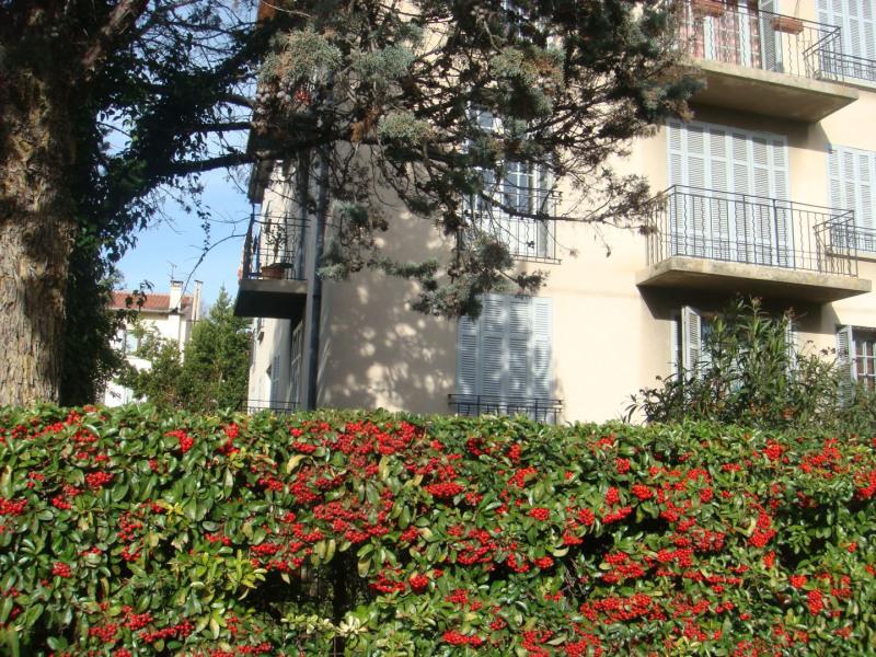 Location appartement Aix-en-provence 1205€ CC - Photo 2