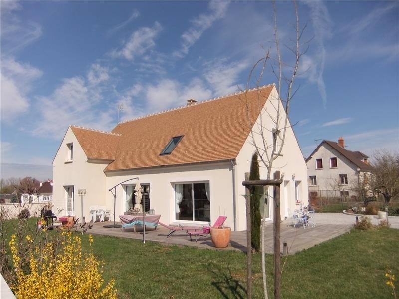 Sale house / villa Meung sur loire 379000€ - Picture 1