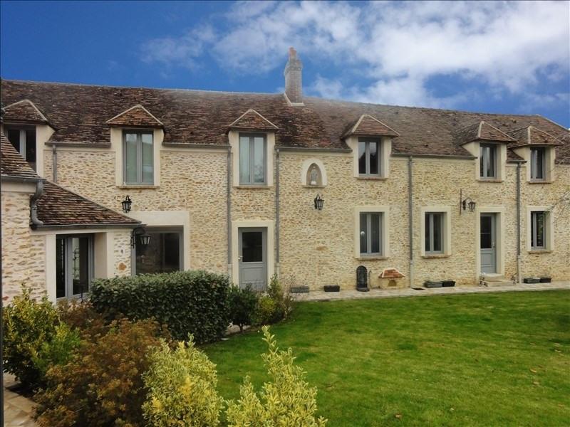 Deluxe sale house / villa Montfort l amaury 930000€ - Picture 2