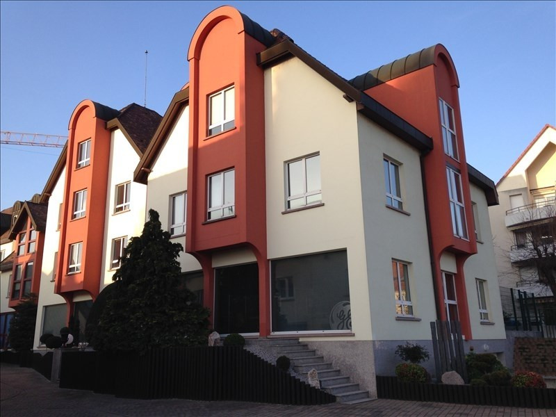 Rental office Strasbourg 2 201€ HT/HC - Picture 1