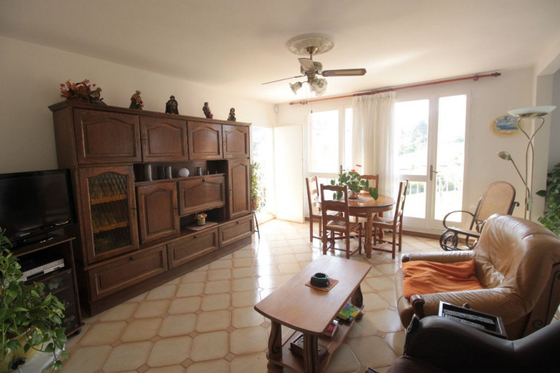 Sale apartment Marseille 10ème 167000€ - Picture 2