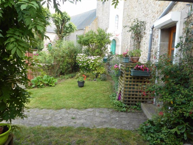 Sale house / villa Martigne sur mayenne 88320€ - Picture 2