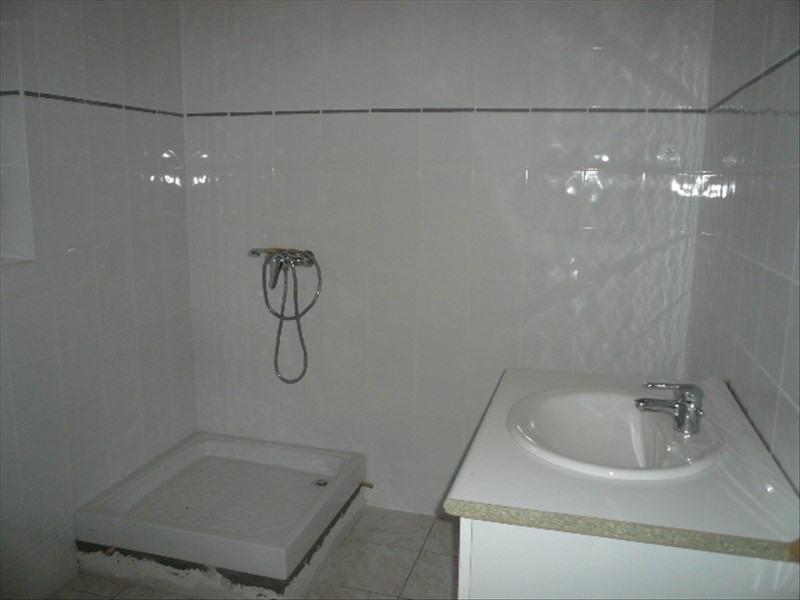 Sale house / villa St martin des champs 98500€ - Picture 4